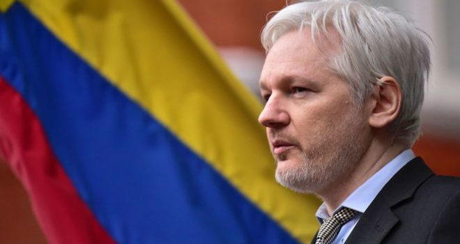 US 'debates charging Julian Assange'