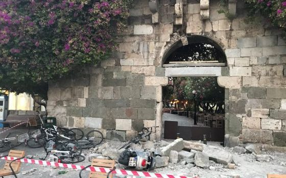 Strong earthquake off Turkish and Greek coasts kills two and injures scores