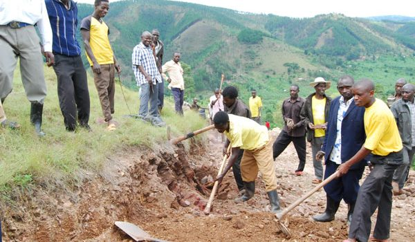 Mbarara district Targets Rehabilitation of More Community Roads Next Financial Year 2018/2019