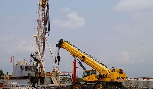 China firm's stake in Uganda oil set to rise.