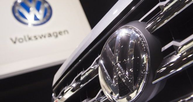 VolksWagen cracks down on executive pay after diesel scandal