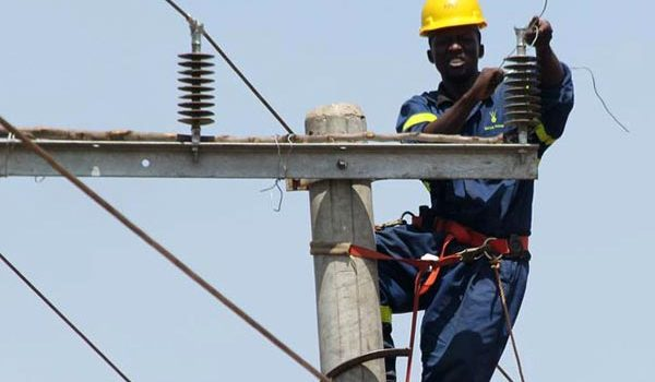 Rural Electrification Agency to Extend Power to Villages In Buhweju