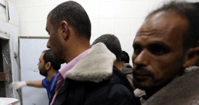 Israeli strike 'kills Gaza youths planting bomb'