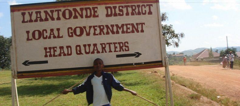 Lyantonde district leaders defy quarantine against Foot and Mouth Disease.