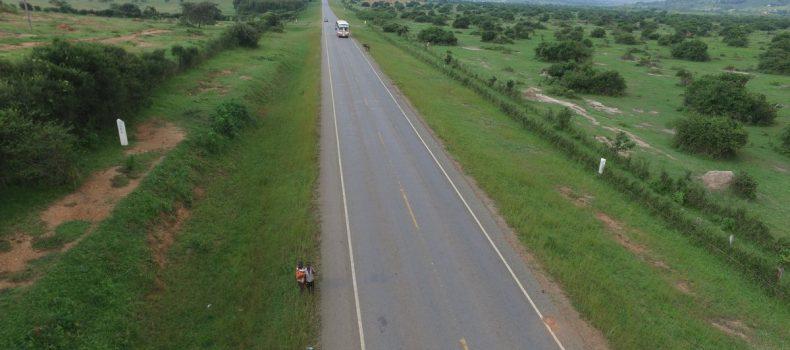 Ibanda-Mbarara high way road users unhappy over potholes on the road