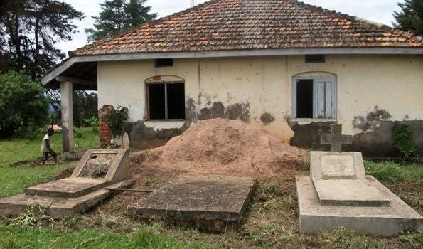 Ankole Royal Tombs left to waste.