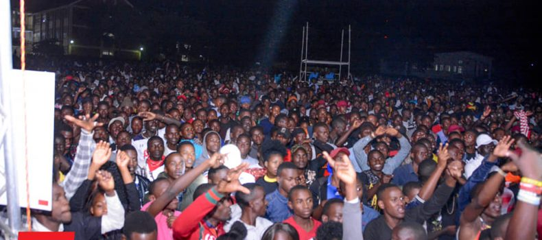 Thousands Throng Mbarara University grounds on Crooze fm-MUST Campus Bash