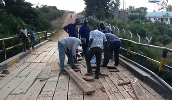 Residents from Kabambiro Sub County in Kamwenge District concerned about the broken-down Mpaga Bridge.