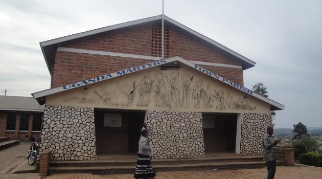 Uganda Martyrs parish priest Fr Didas Kasapuli calls on People to avoid sinning in festive season,Pray before entering 2020.