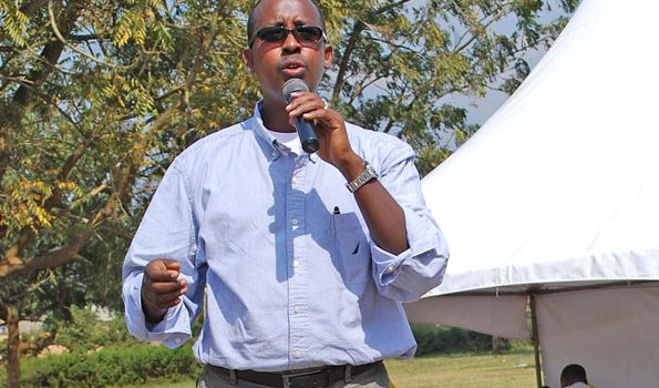 President's son-in-law Rwabwogo in Kiruhura land wrangle,Angry resident uproots his fence.