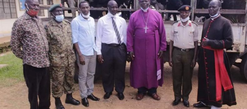 President Museveni donates 8 Dairy Cows to Mukono Diocese