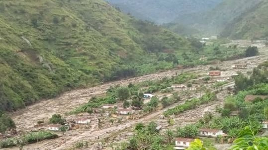 Western Uganda ravaged by floods and mudslides,at least 4 killed in Kisoro