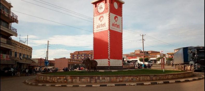 Mbarara residents urged to be vigilant over conmen