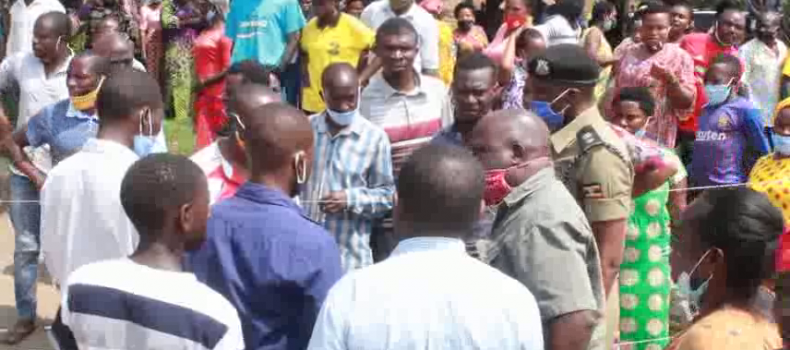 Fracas Erupts as Voters are Denied Entry to Poling Station